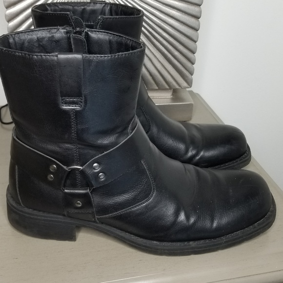 Kenneth Cole REACTION COP-PER Coin Boot Black